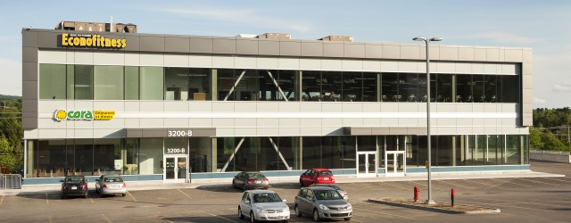 Complexe Le Baron_3200-B, rue King Ouest (2)